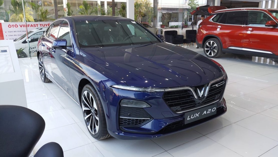 VinFast Lux A màu xanh cực đẹp cả 3 phiên bản
