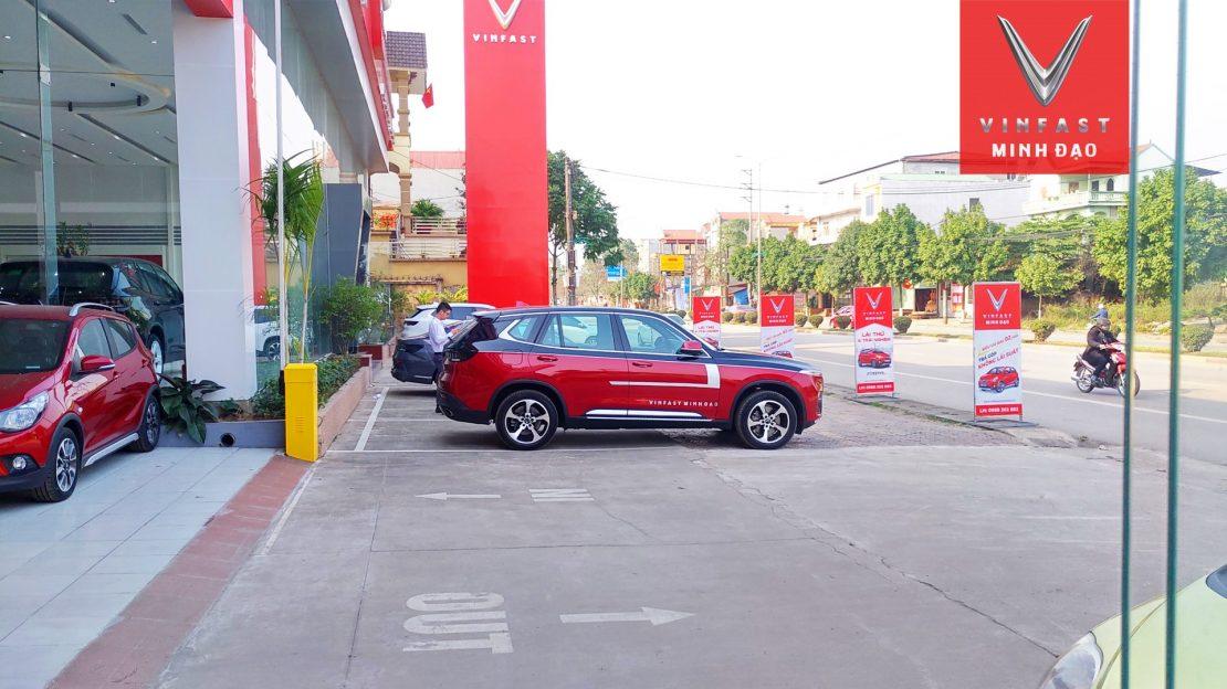 VinFast Lux SA độ nhìn ngang xe